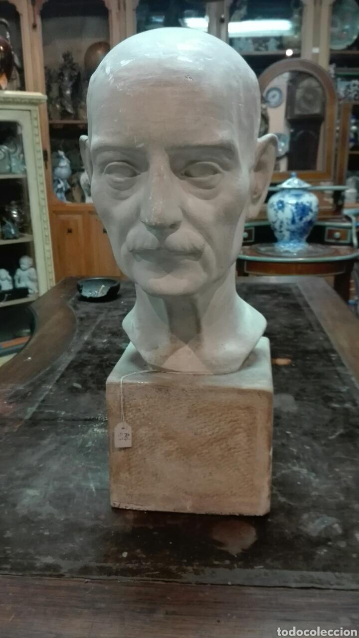 ESCULTURA EN YESO 48 CM (Arte - Escultura - Otros Materiales)