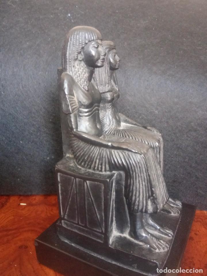 Arte: DOS FIGURAS SENTADAS EGIPCIAS DEL MUSEO DE LOUVRE - Foto 2 - 205515870