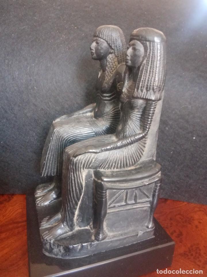 Arte: DOS FIGURAS SENTADAS EGIPCIAS DEL MUSEO DE LOUVRE - Foto 3 - 205515870