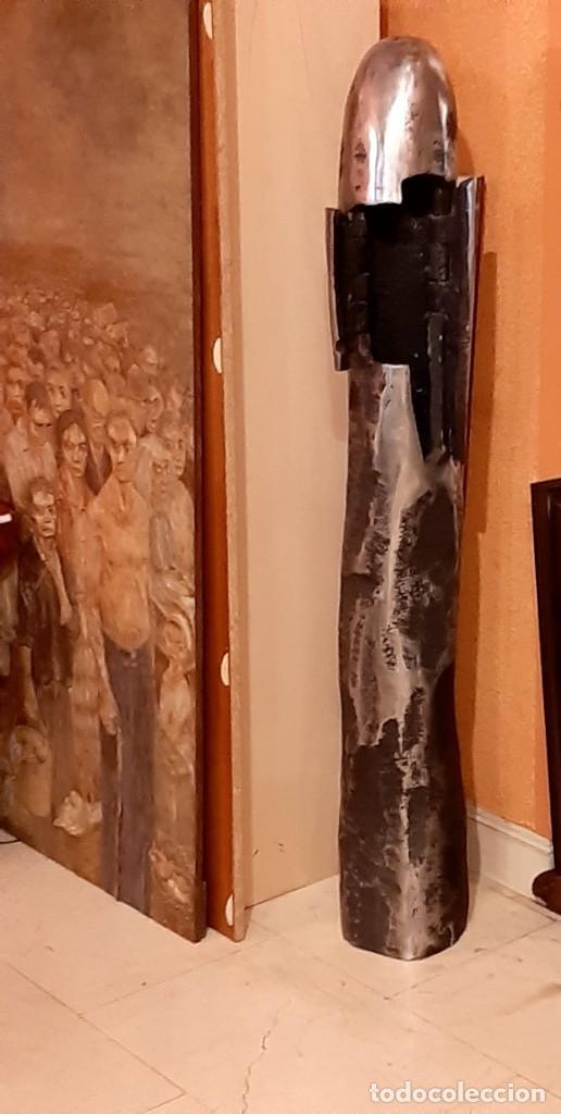 """Arte: Francisco Pazos """"Menhir con puertas"""" - Foto 2 - 230169060"""