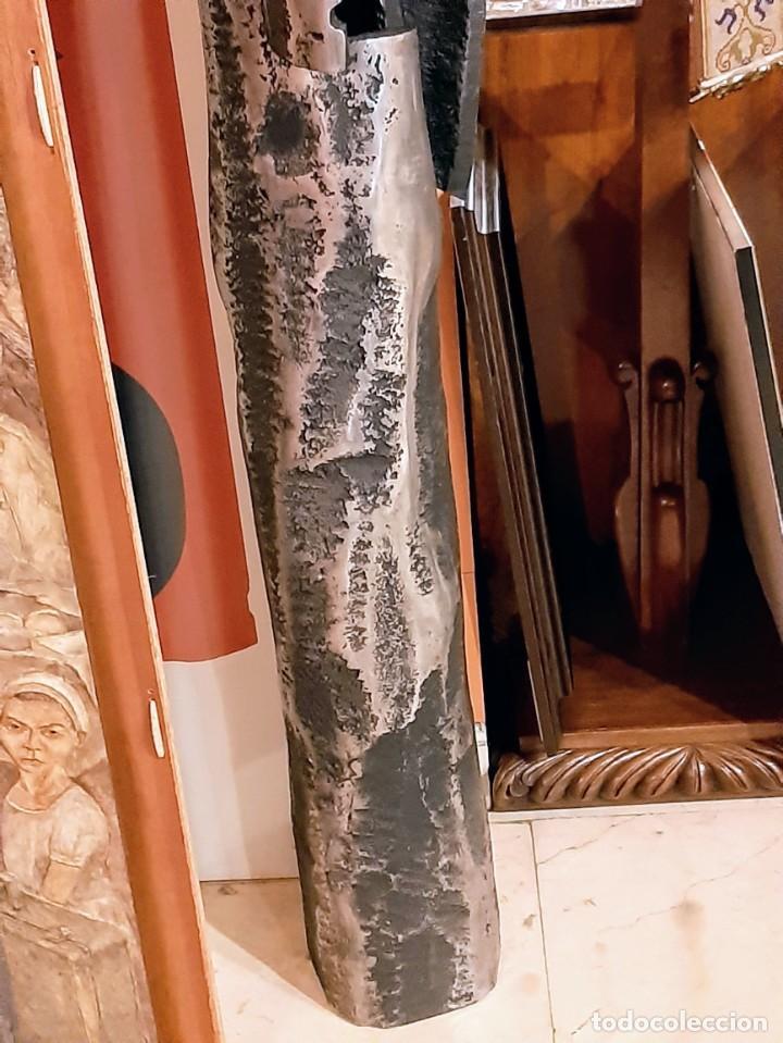 """Arte: Francisco Pazos """"Menhir con puertas"""" - Foto 4 - 230169060"""