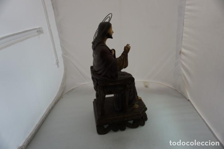Arte: IMPRESIONANTE Y RARO SAGRADO CORAZON DE JESUS - PASTA DE MADERA - SENTADO EN SILLA - 40CM APROX - Foto 5 - 241190650