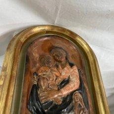 Arte: RELIEVE DE VIRGEN CON NIÑO JESUS.. Lote 243818540