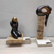 Arte: 2 FIGURAS ESCULTURAS MUJER GALOS EN ORO Y PLATINO. Lote 244709640