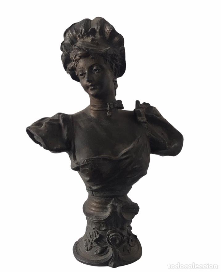 BUSTO DE DAMA MODERNISTA.FIRMADA J.SCHREINER.CALAMINA.1920'S. (Arte - Escultura - Otros Materiales)