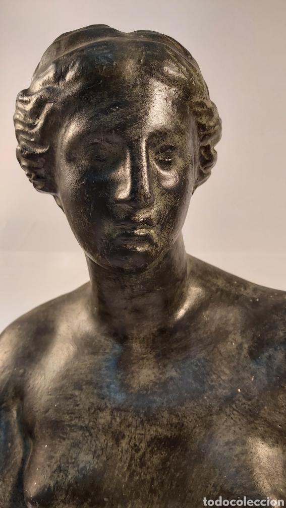 Arte: FIDEL AGUILAR MARCO (GERONA 1894-1917) VENUS DE MILO. ESCULTURA EN CERÁMICA ARGERATA DE QUART - Foto 2 - 277152883