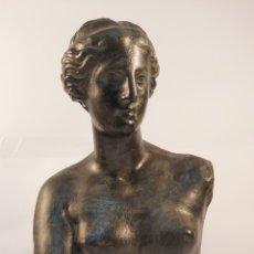 Arte: FIDEL AGUILAR MARCO (GERONA 1894-1917) VENUS DE MILO. ESCULTURA EN CERÁMICA ARGERATA DE QUART. Lote 277152883