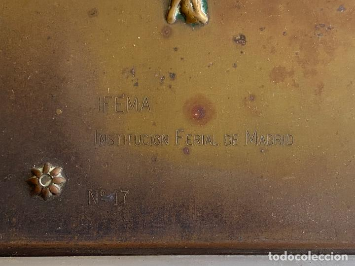 Arte: PLACA DE MARIANO BERTUCHI POR CARRERA Y CARRERA A GUILLERMO PEREZ VILLALTA , 1986 - Foto 7 - 277573753