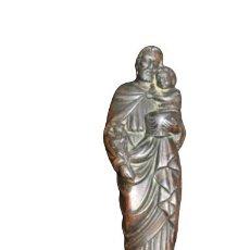 Art: BONITA IMAGEN RELIGIOSA DE SAN PEDRO Y NIÑO JESUS DE COBRE CON PIANA DE MARMOL. Lote 285039158
