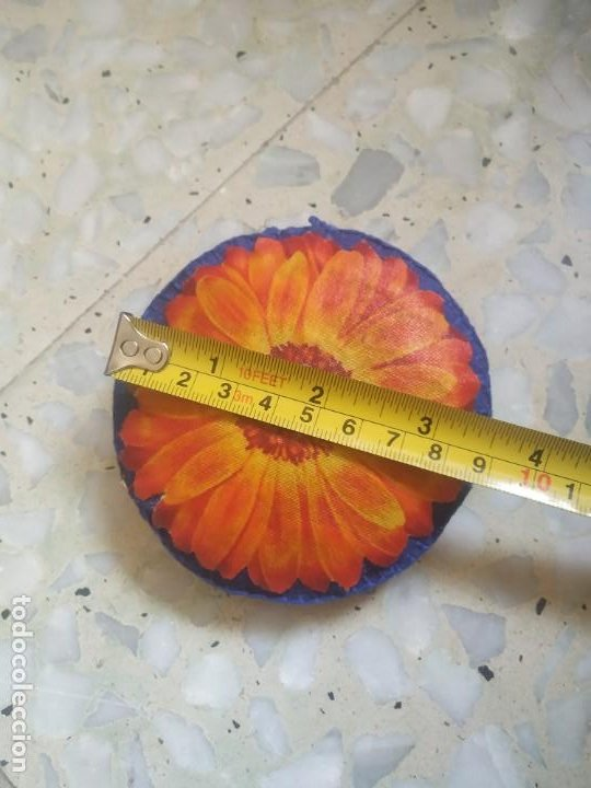 Artesanía: Broche de fieltro con flor. 9 cm de diámetro. Artesanía - Foto 4 - 266413103