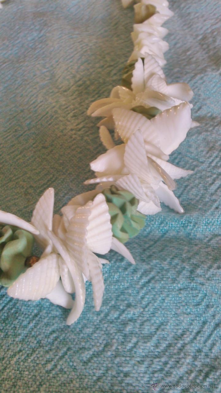 Artesanía: Bonito collar hecho a mano de conchas de mar blanco y verde. - Foto 3 - 43993582