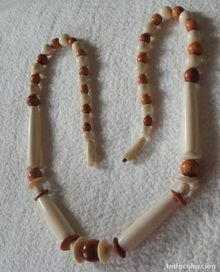 Artesanía: Collar de hueso.Aprox. 1970. 55,5 cms. Buen estado - Foto 4 - 117980219