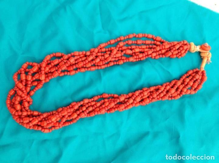 ALTA BISUTERIA COLLAR TIPO CORAL MUY LUCIDOR A ESTRENAR NUEVO (Artesanía - Collares)