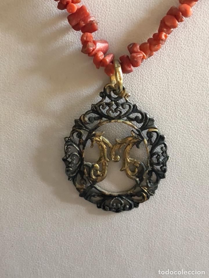 Artesanía: Bonito collar coral y medallón - Foto 2 - 167109084