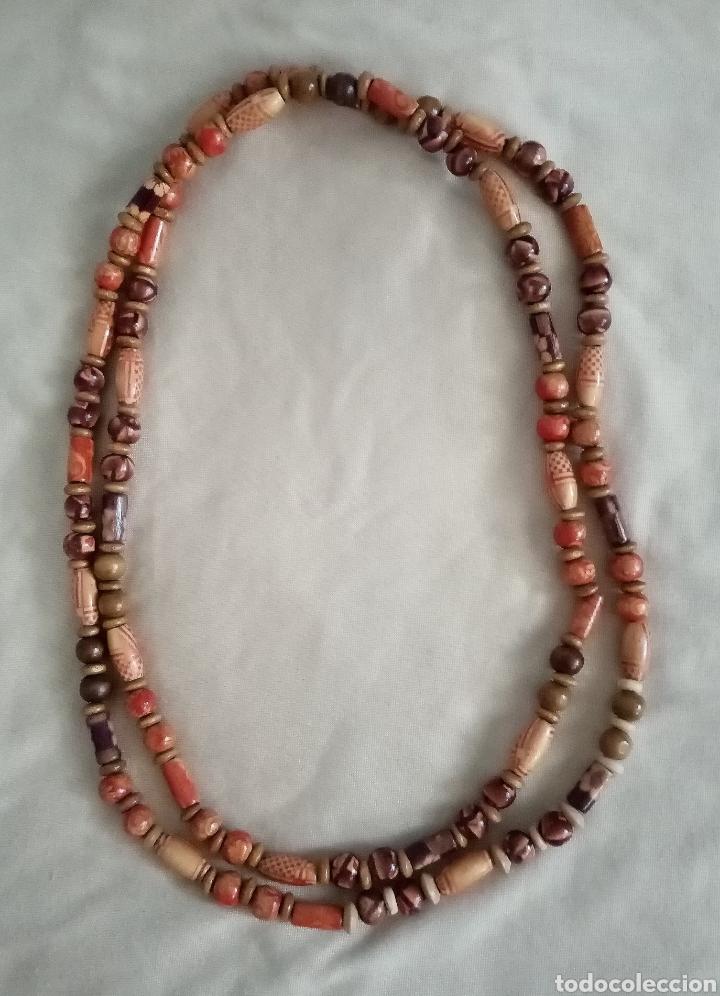Artesanía: Precioso collar o gargantilla de dos vueltas con 179 cuentas de madera 18gr. Muy ligero - Foto 3 - 214643065