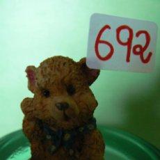 Artesanía: FIGURA DE RESINA OSITO SENTADO MED, 3,50X 2,50. Lote 43915510