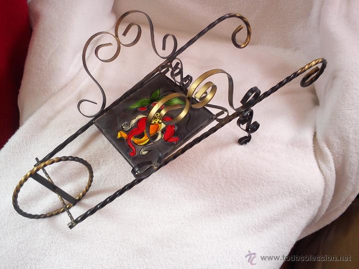 Artesanía: MAGNIFICA CARRETA PARA DECORACION NO JARDIN OU NA C HECHA DE FERRO FORJADO CON AZLEJO PINTADO A MANO - Foto 6 - 44658796