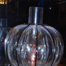 Artesanía: LAMPARA QUINQUE DE MESA DE FORJA Y VIDRIO. MEDIDA 54 X 20 CM. Lote 47577654