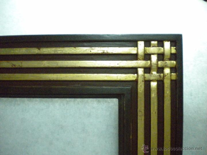 Artesanía: Marco ,dorado y estuco.Medida interior 57,7x45,2 cm - Foto 2 - 49516481