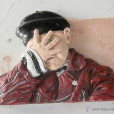 Artesanía: BONITA FIGURA MURAL DE HOMBRE CON BOINA. Lote 51068689