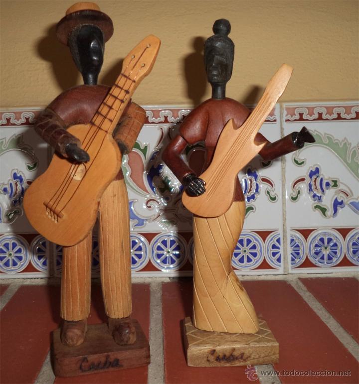 M sicos con guitarra artesan a en madera de cub comprar - Artesania y decoracion ...