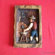 Artesanía: CUADRO TALLADO EN MADERA. Lote 52541047