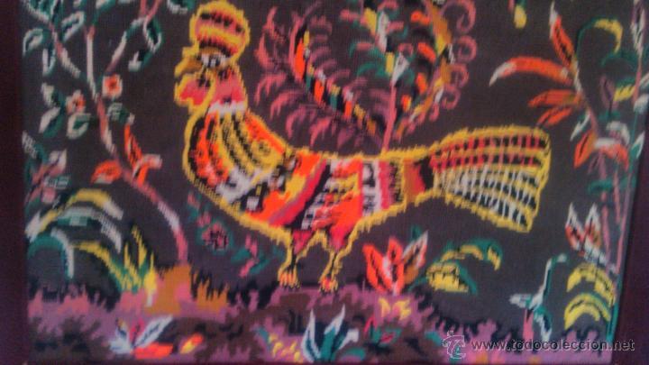 Artesanía: Precioso cuadro hecho en punto de cruz motivo gallo colores muy vivos. PRINCIPIOS SIGLO XX - Foto 4 - 54017258