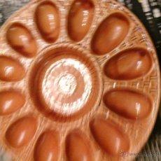 Artesanía: GRAN PLATO DE CERAMICA PARA HUEVOS. Lote 54632228