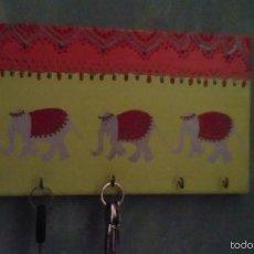 Artesanía: LLAVERO, PINTADO POR CRISTINA. Lote 55865676