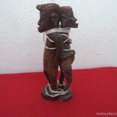 Artesanía: 2 ESCULTURA AFRICANA MADERA. Lote 56070690