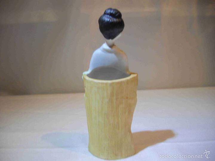 Artesanía: Figura japonesa jarroncito - Foto 3 - 57090334