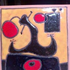 Artesanía: MUJER SENTADA, DE MIRÓ.. Lote 57397225