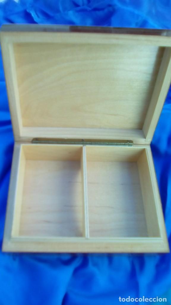 Artesanía: caja cartas de madera, para 2 barajas de poker - Foto 2 - 70372161