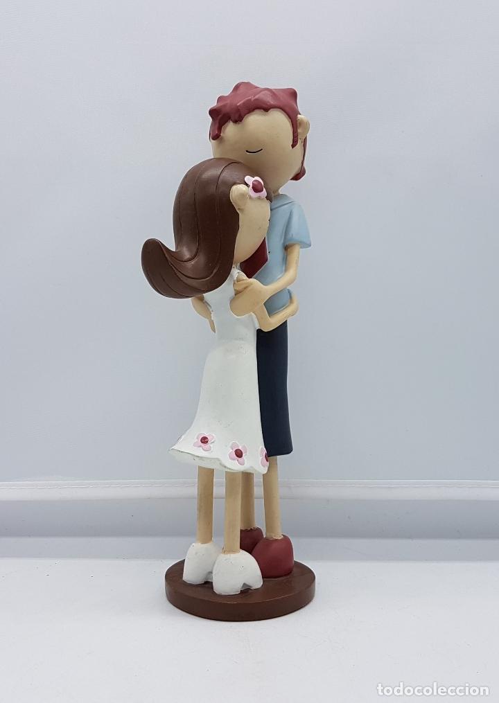Artesanía: Bella figura de enamorados estilo tarta nupcial vintage. - Foto 5 - 83988616