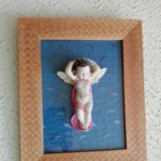 Artesanía: CUADRO MARCO CON ANGEL PEGADO DE CERAMICA. Lote 95952006