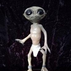 Handicraft - Alien figura estatua -INTRUX- Artesanal - Resina - 103632139