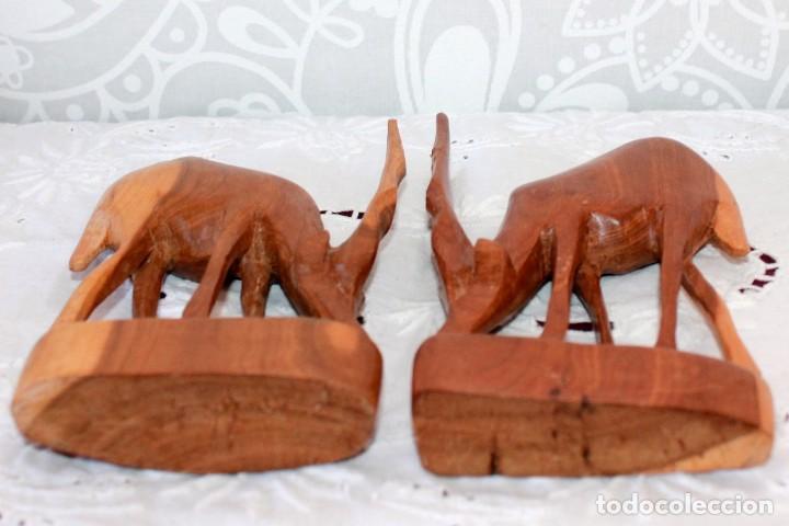 Artesanía: PAREJA DE ANTILOPES TALLADOS EN MADERA - Foto 7 - 116218223