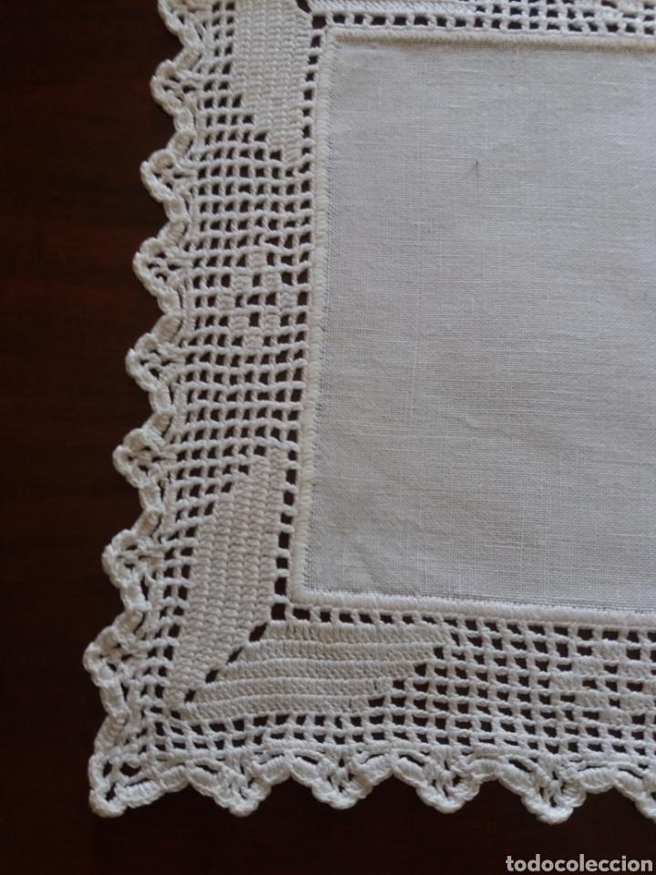 Artesanía: Tapetes(2) cuadrados ganchillo - Foto 5 - 136816212