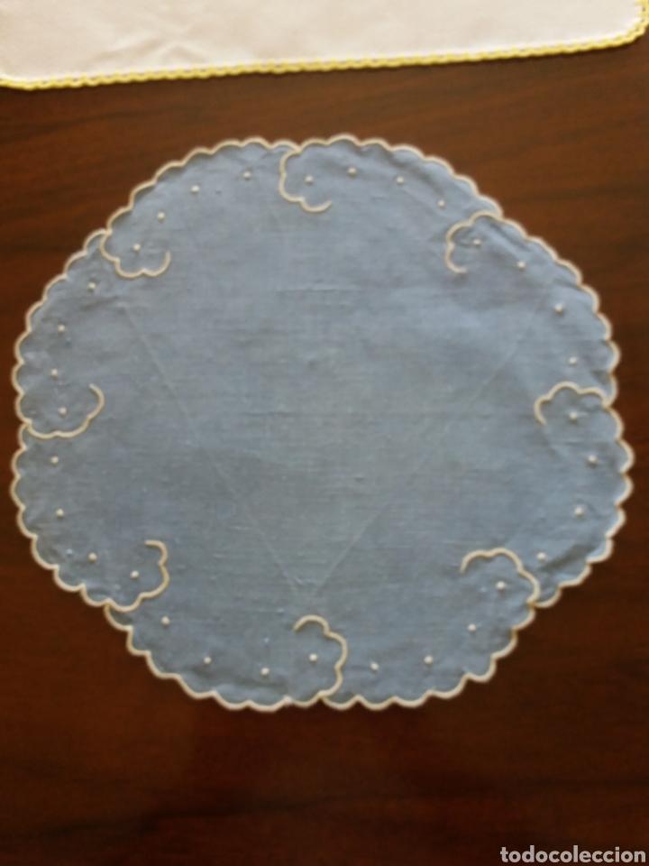 Artesanía: Lote 3 tapetes bordados - Foto 2 - 136816512
