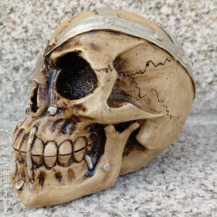 Artesanía: CALAVERA PARCHE de 11 x 9 cm en polvo de alabastro - Foto 2 - 156776814