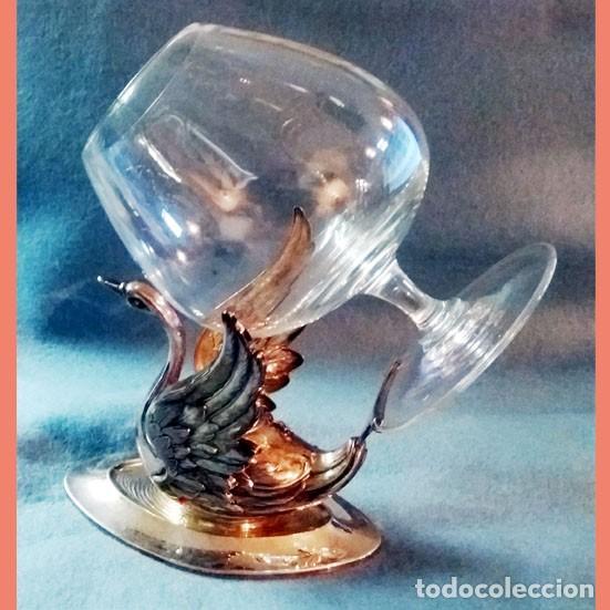 Artesanía: CALIENTA COPAS DE PLATA DE LEY CON FORMA DE CISNE. Años 50 - 60 . - Foto 3 - 137777974