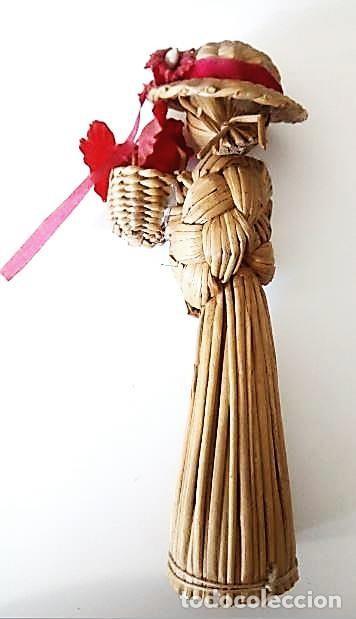 Artesanía: Pequeña figura artesanía de mimbre - Foto 2 - 139128366