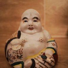 Artesanía: FIGURA DE BUDA EN PORCELANA CHINA ESMALTADA - SEGUNDA MITAD SIGLO XX. Lote 147107152