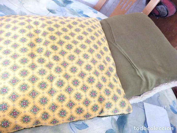 Artesanía: Lote de 2 cojines bordados a mano,motivo floral. - Foto 8 - 147781054