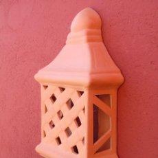 Artesanía: APLIQUE DE CERÁMICA TERRACOTA. GRANDE. TRENZADO, CUADRADO. PARA COLGAR EN LA PARED.. Lote 152537506