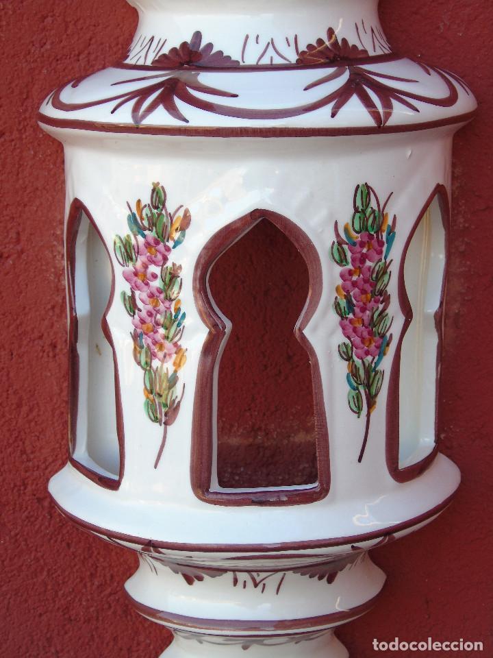 Artesanía: APLIQUE DE CERÁMICA, ESMALTADO EN BLANCO, FLORECITAS ROSAS. ALARGADO. PARA COLGAR EN LA PARED. - Foto 7 - 153330430