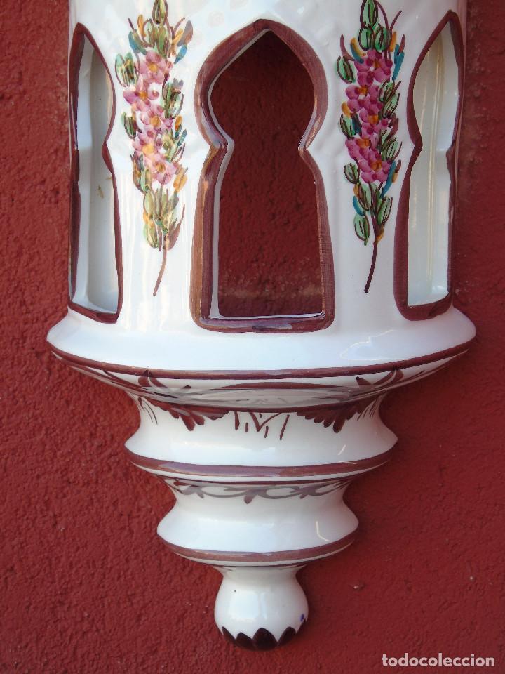 Artesanía: APLIQUE DE CERÁMICA, ESMALTADO EN BLANCO, FLORECITAS ROSAS. ALARGADO. PARA COLGAR EN LA PARED. - Foto 8 - 153330430