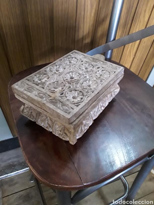 CAJA DE MADERA TALLADA (Artesanía - Hogar y Decoración)
