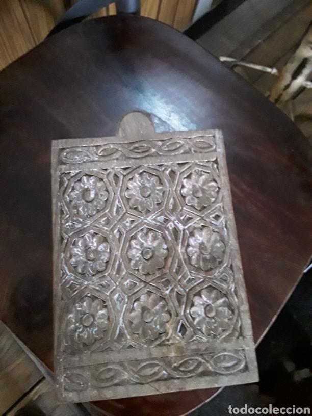 Artesanía: Caja de madera tallada - Foto 2 - 154984356