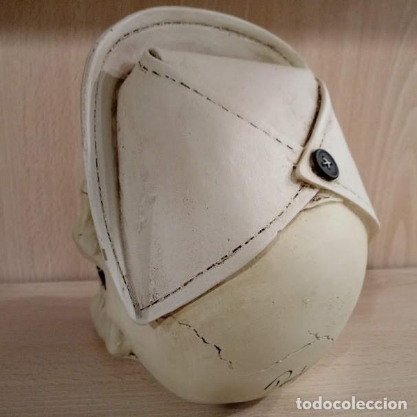 Artesanía: CALAVERA ENFERMERA de 15x12 cm en polvo de alabastro - Foto 3 - 156774233